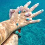 夏のネイルデザインはもう決めた?指先から海を感じる盛り上げデザイン全11選