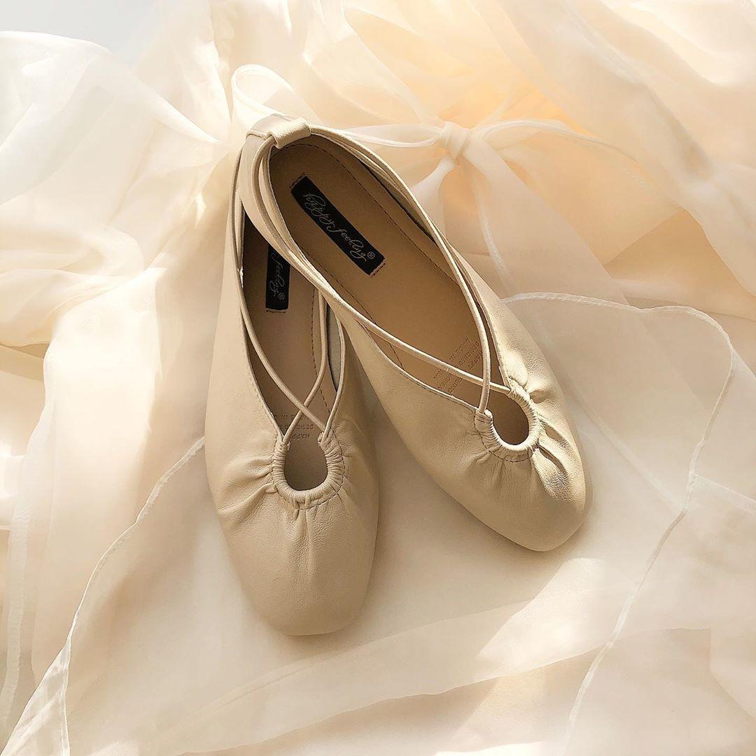 次に流行る靴はこれ!くしゅくしゅ感がおしゃカワなギャザーシューズのすゝめ