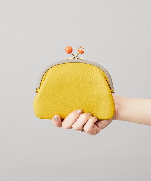 ミニ財布はスクエア形以外も素敵なの♡人と差をつけるウォレットでお会計が楽しくなる