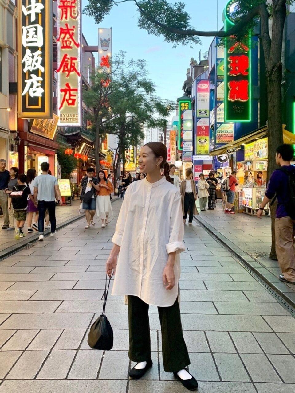 """チャイナルックで""""横浜中華街を食べ歩き""""。写真映えを狙えるグルメ&コーデを厳選"""