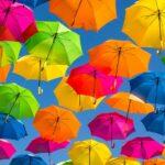 憂鬱な雨空に虹を架けてくれるの。コーデを格上げしてくれるレイングッズ集♡