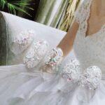 純白の花嫁は指先まで上品に飾る。ウェディングドレスに合わせたい『レースネイル』
