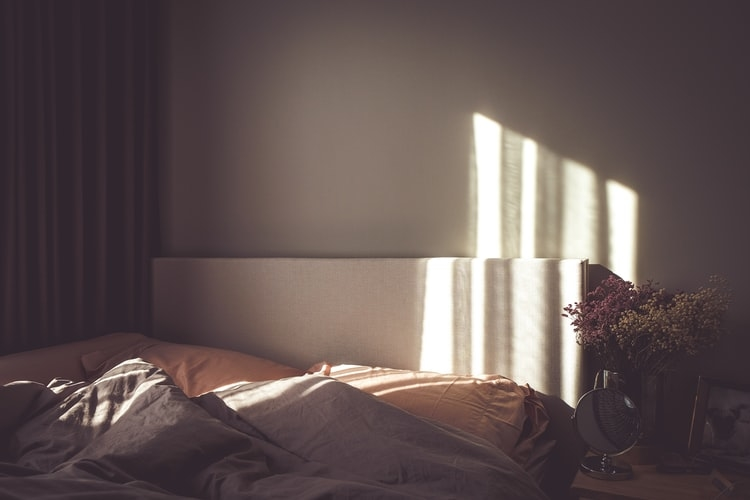 まずは、寝癖に打ち勝つ準備から