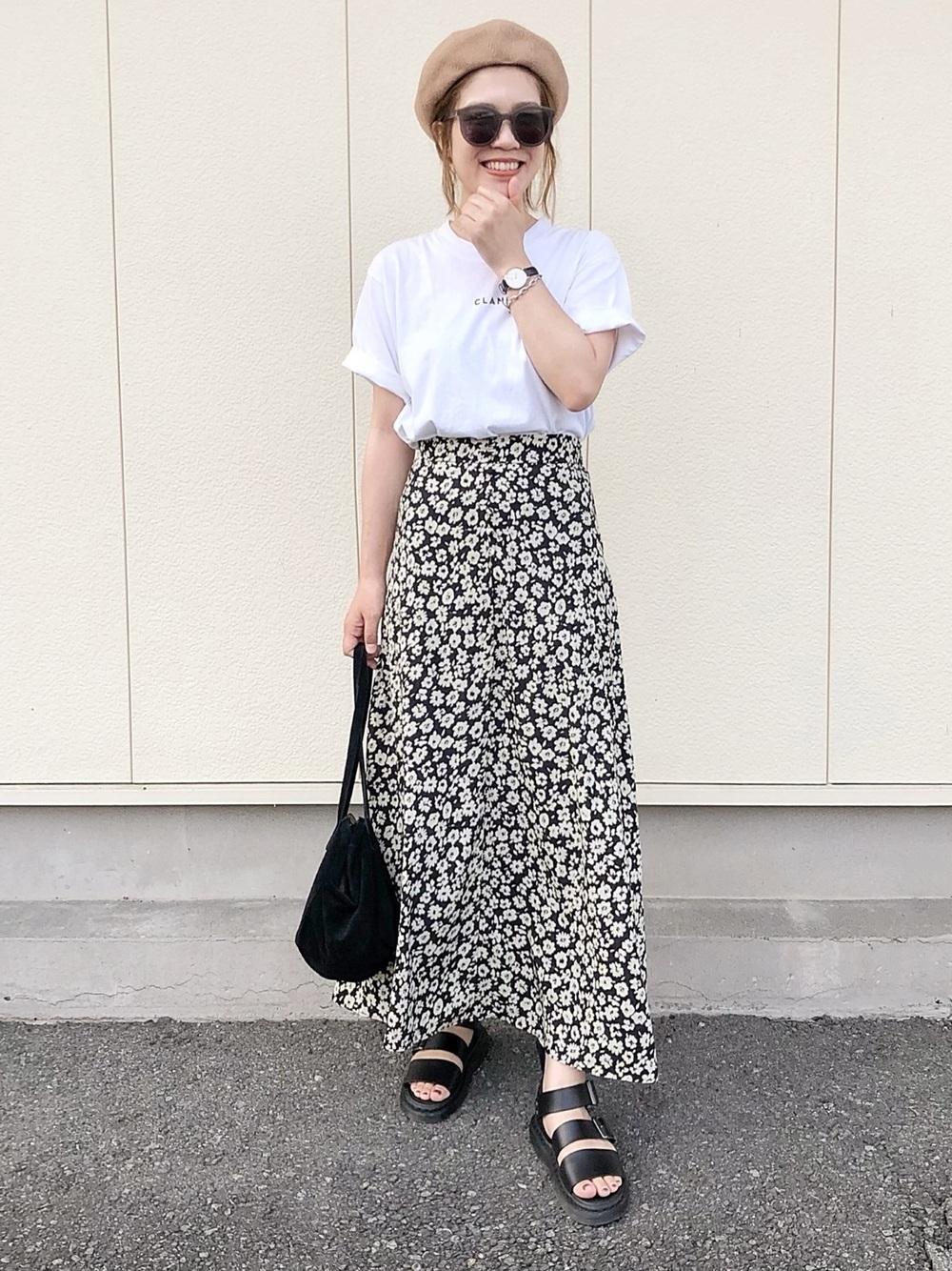 レディな花柄スカート