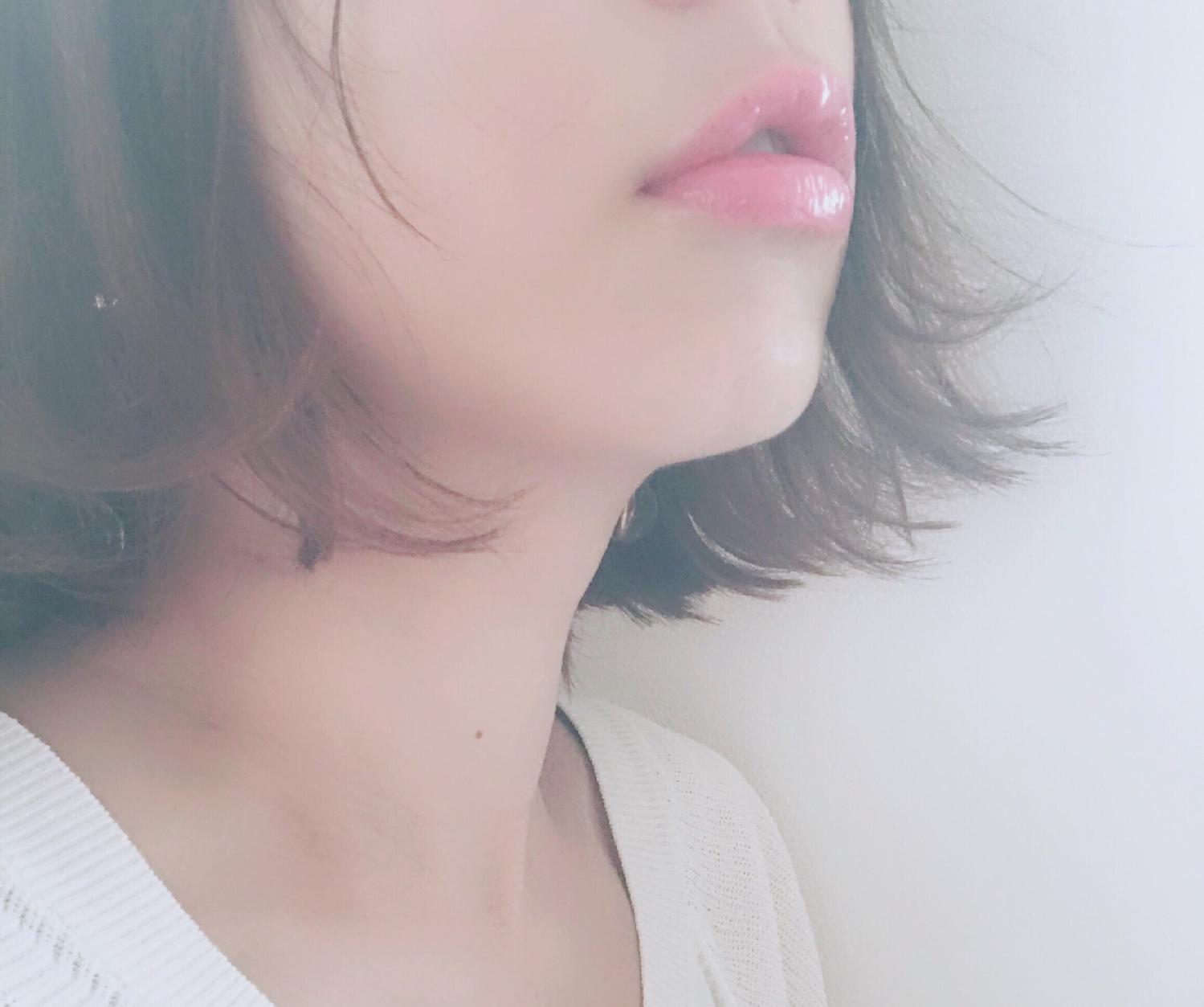 色付きリップでプルプルの唇に