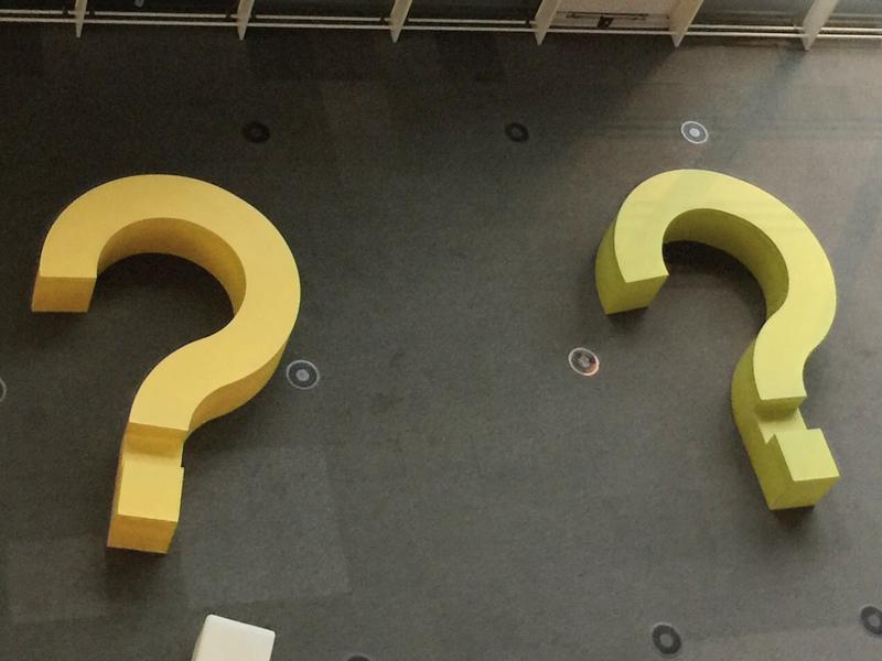 Q1 .「マイナスイオン」って何?