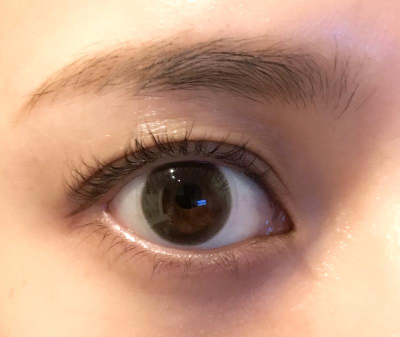 (1日目)眉毛などを整える