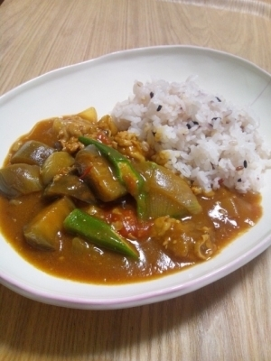煮込まず簡単☆夏野菜カレー
