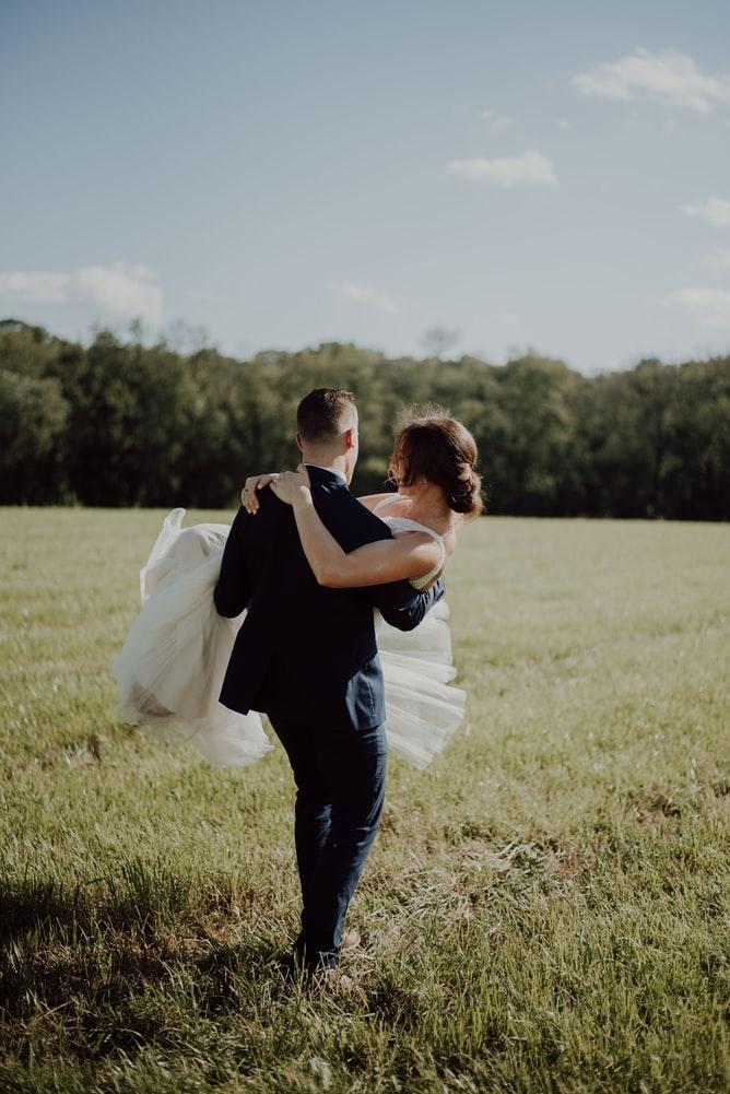 「〇〇歳で結婚する〜!」