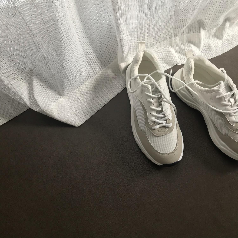 『白スニーカー』が大好きなの♡