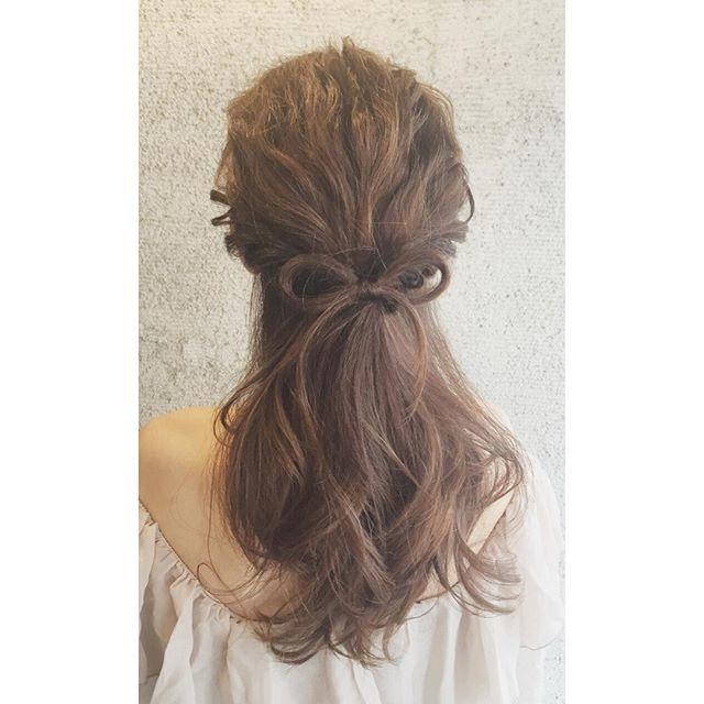 :髪の毛でリボンを作っちゃおう:
