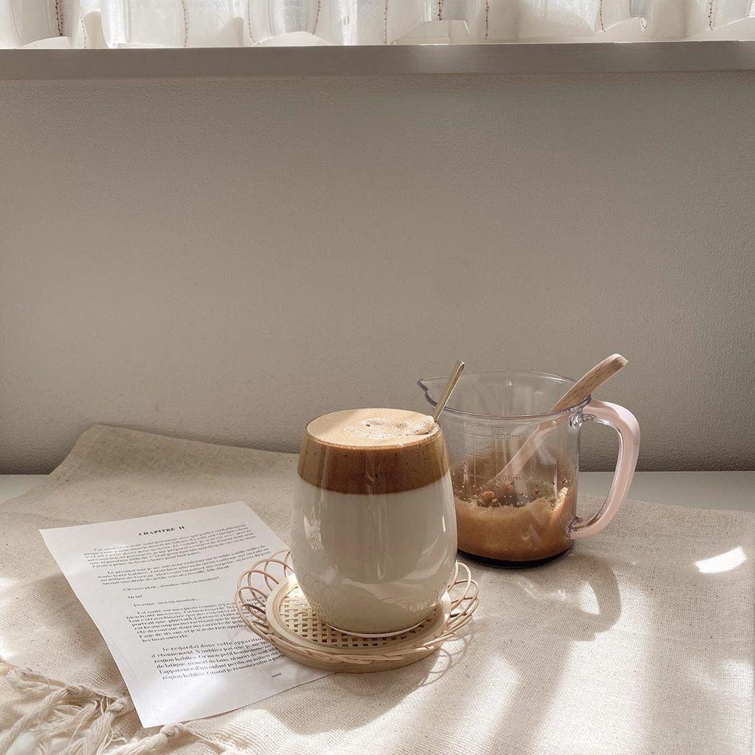 2層の見た目が美しいダルゴナコーヒー