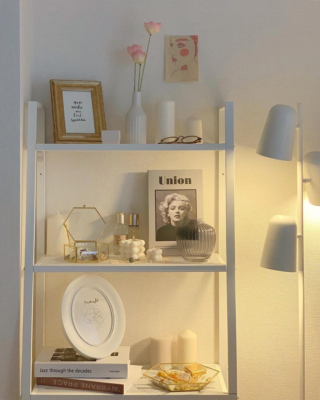 IKEAで理想の部屋を語り合う