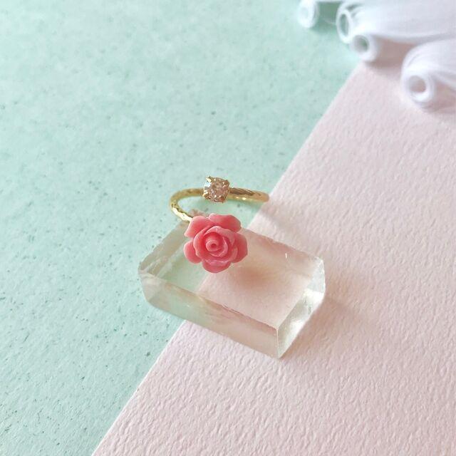 バラの珊瑚の指輪