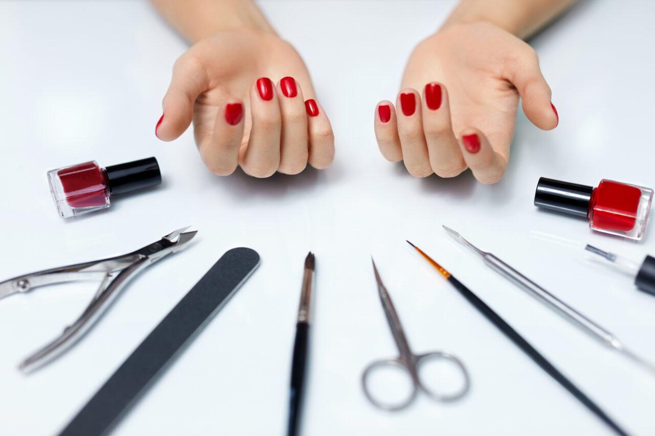 自分の爪がコンプレックスなんです。原因と対策を知って、自信のある綺麗な爪に♡