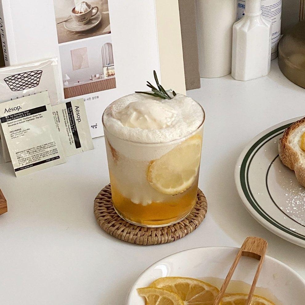 夏はやっぱり甘酸っぱさが欠かせない。自家製はちみつレモンのアレンジレシピ4つ