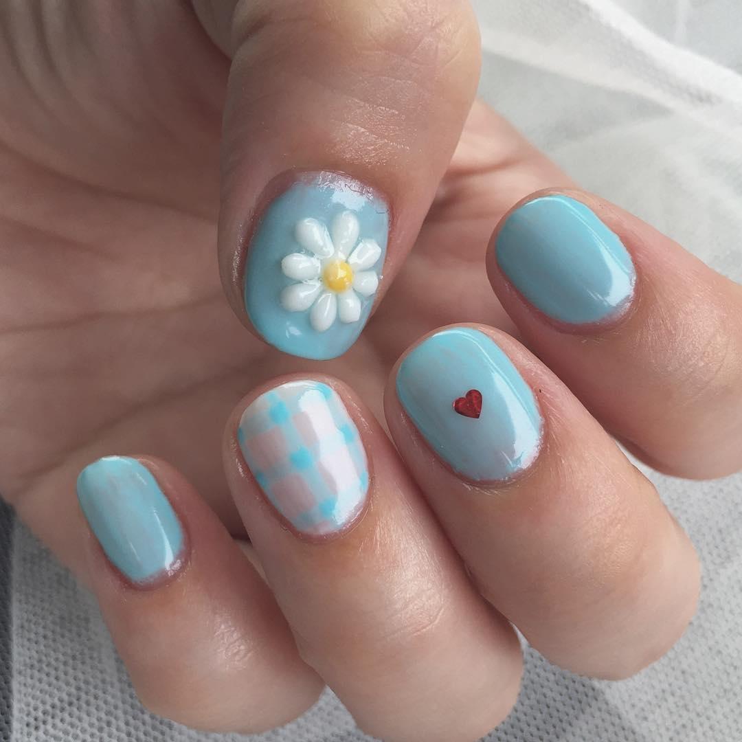 ぷっくり3Dのお花が可愛いんです。〝マーガレットネイル〟のデザインcollection