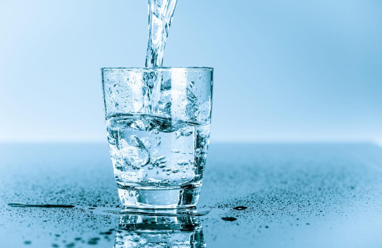 ピッピー!それ、間違った飲み方です。身体を潤すための正しい水分補給の仕方とは