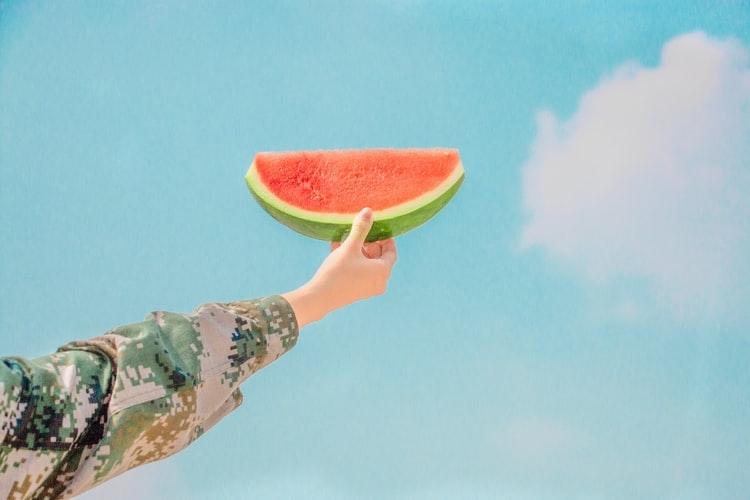 色ムラ、凹凸、テカリを補正。8月6日にレブロンから肌悩み別の化粧下地が発売♡