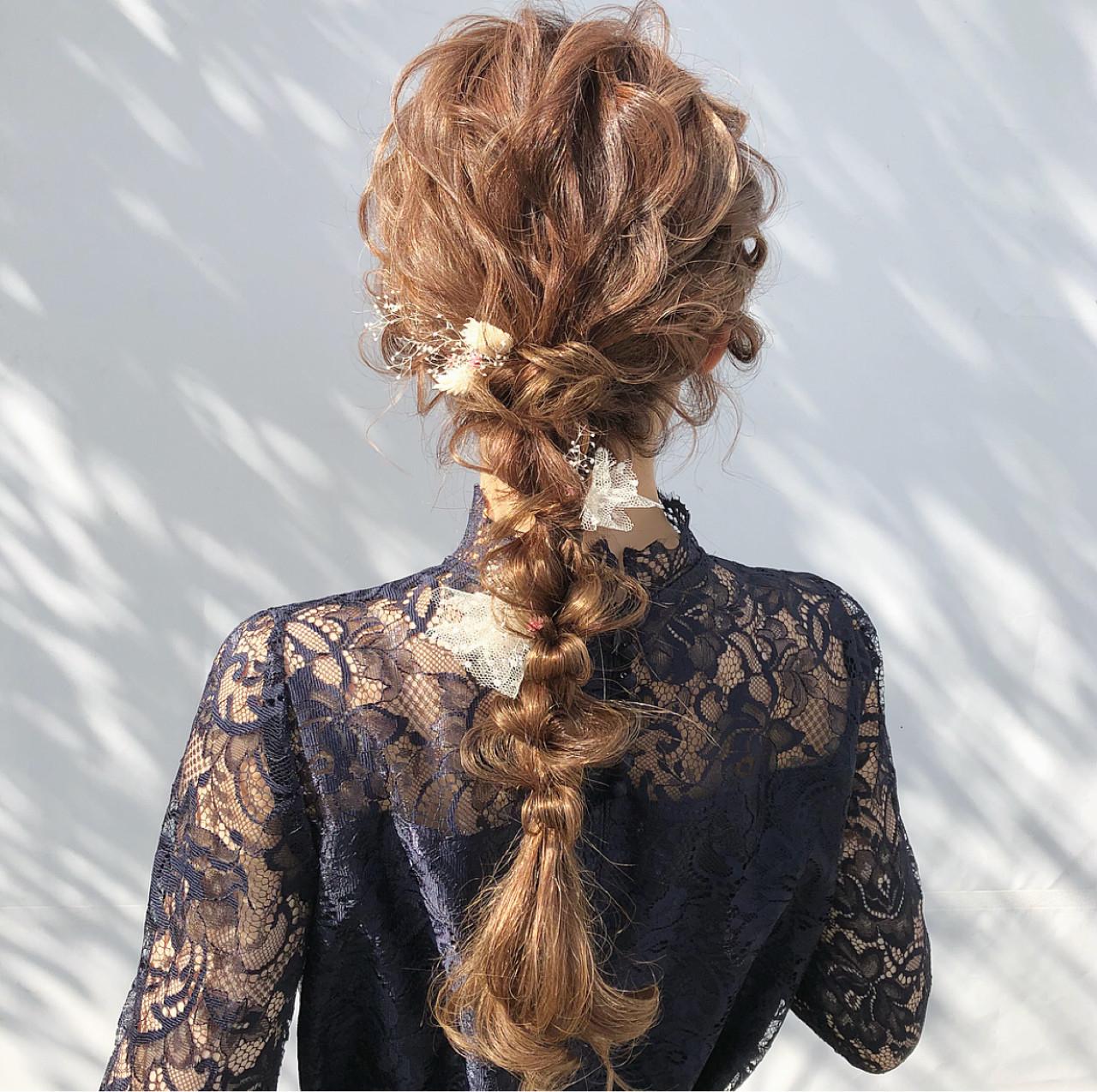 提案:後れ毛を引き出しゴージャスに