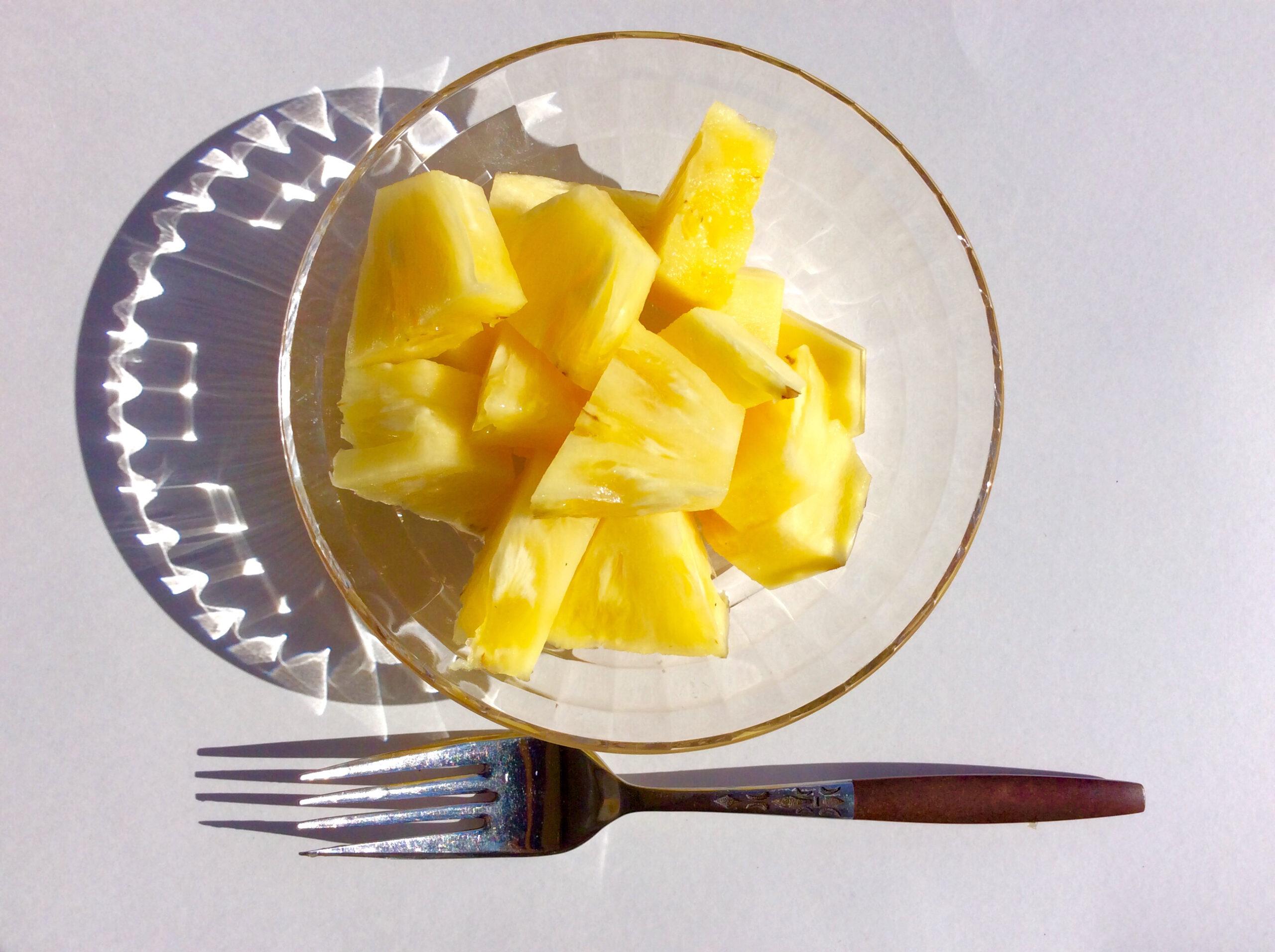 残り10分:デザートの果物を準備する