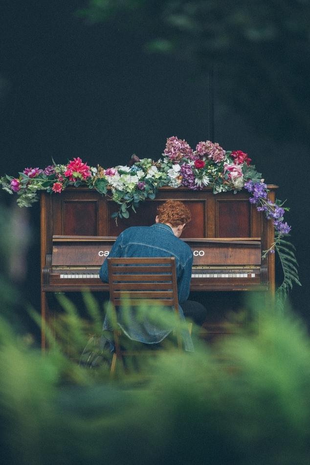 雨が降る午後:ピアノを弾いてみる