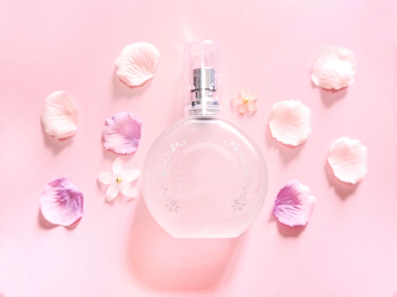 香水をつけて息を吸うたびに心地よく