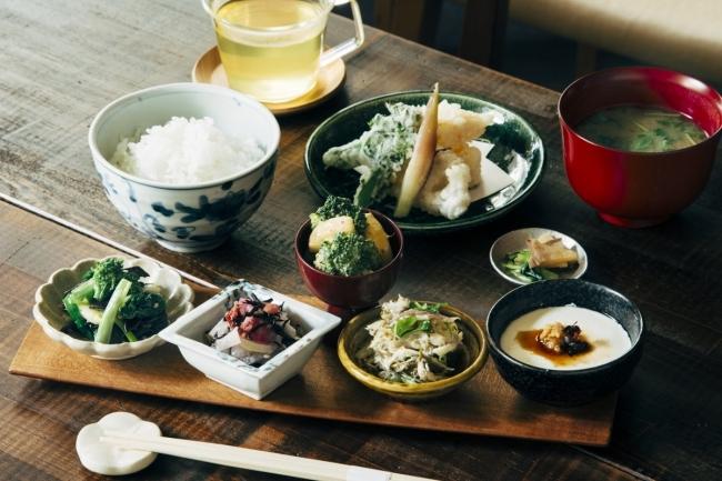 AKOMEYA食堂|定食メニューで日本を感じよ