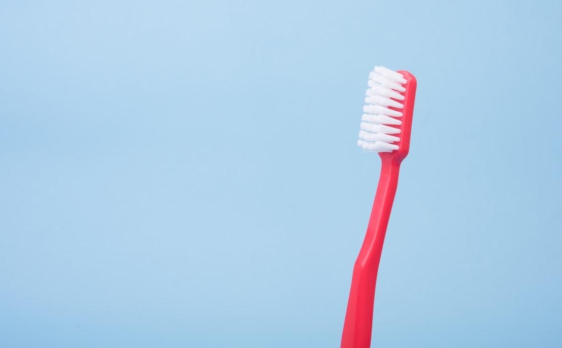 毎日のオーラルケアで、健康的な笑顔と歯をgetしよう