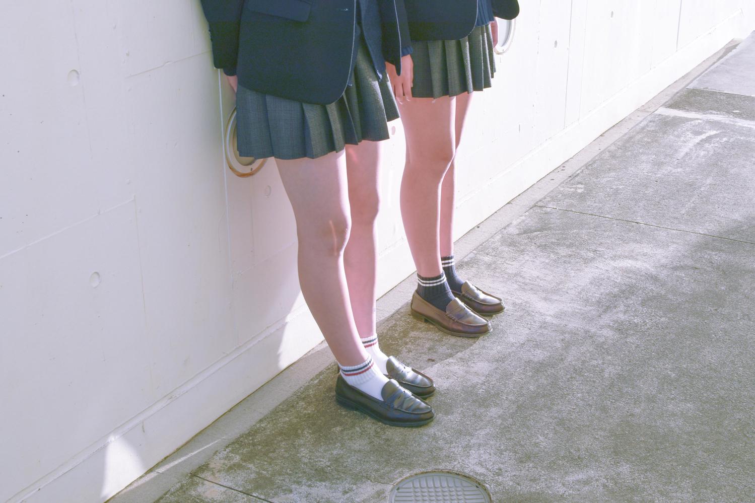右足から靴を履く