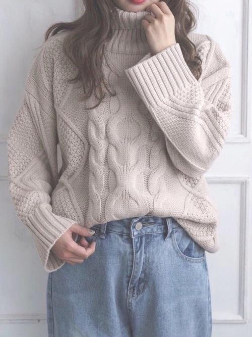 モコモコ感のあるファッションが好きみたい!