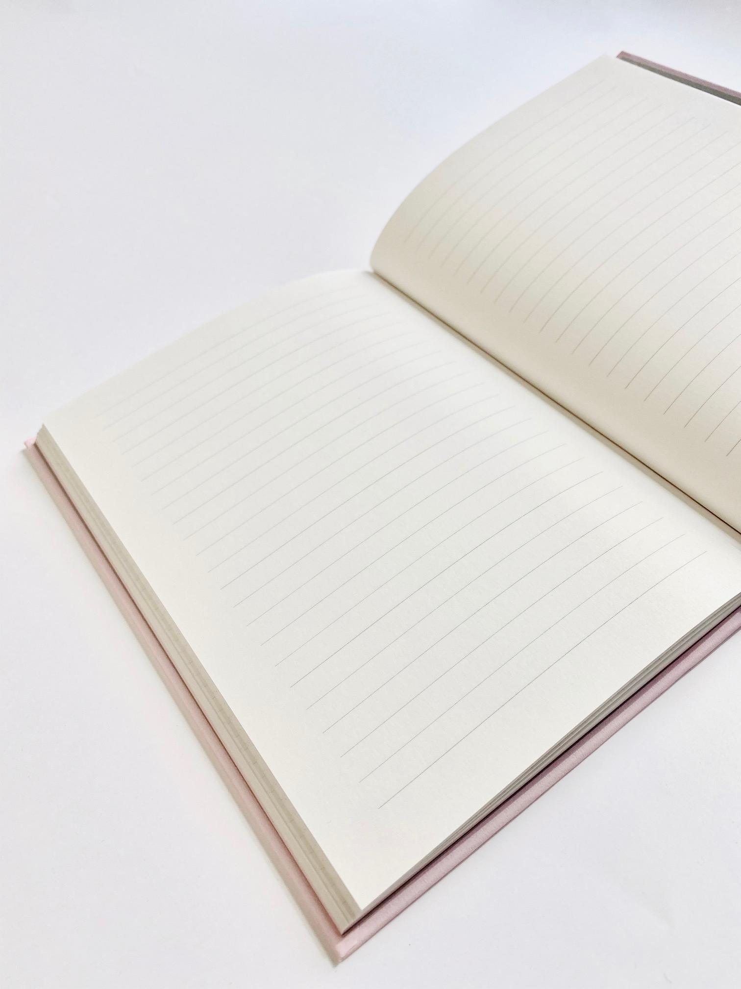 自由に書けるノート欄はたっぷり100ページ
