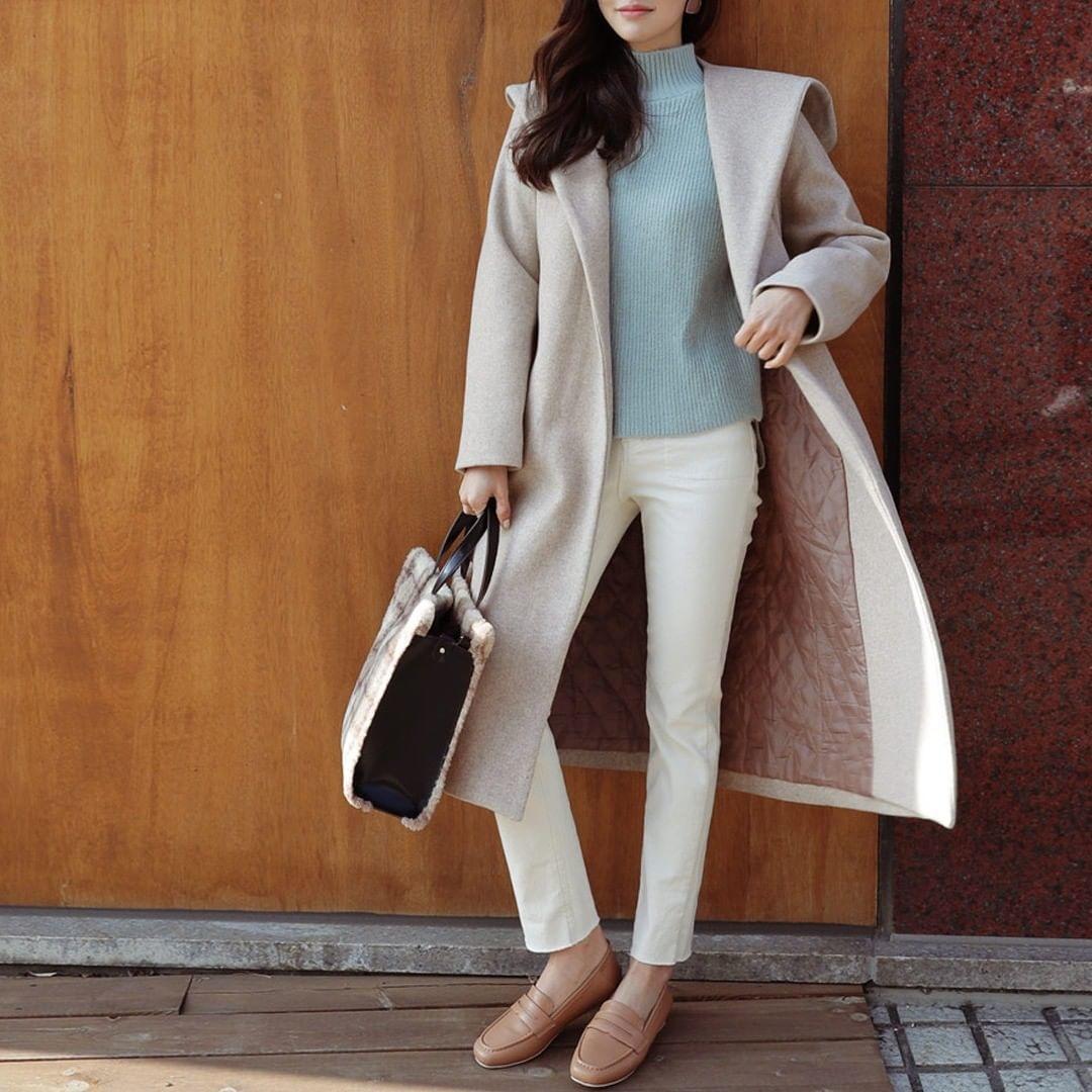 綺麗めコート+白スキニ