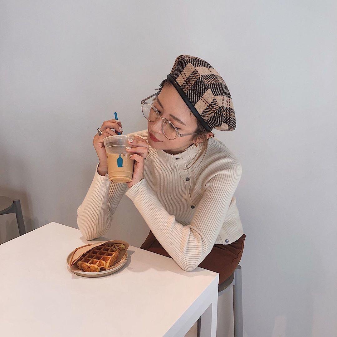 カフェで友達をおしゃれに撮ってあげたい!
