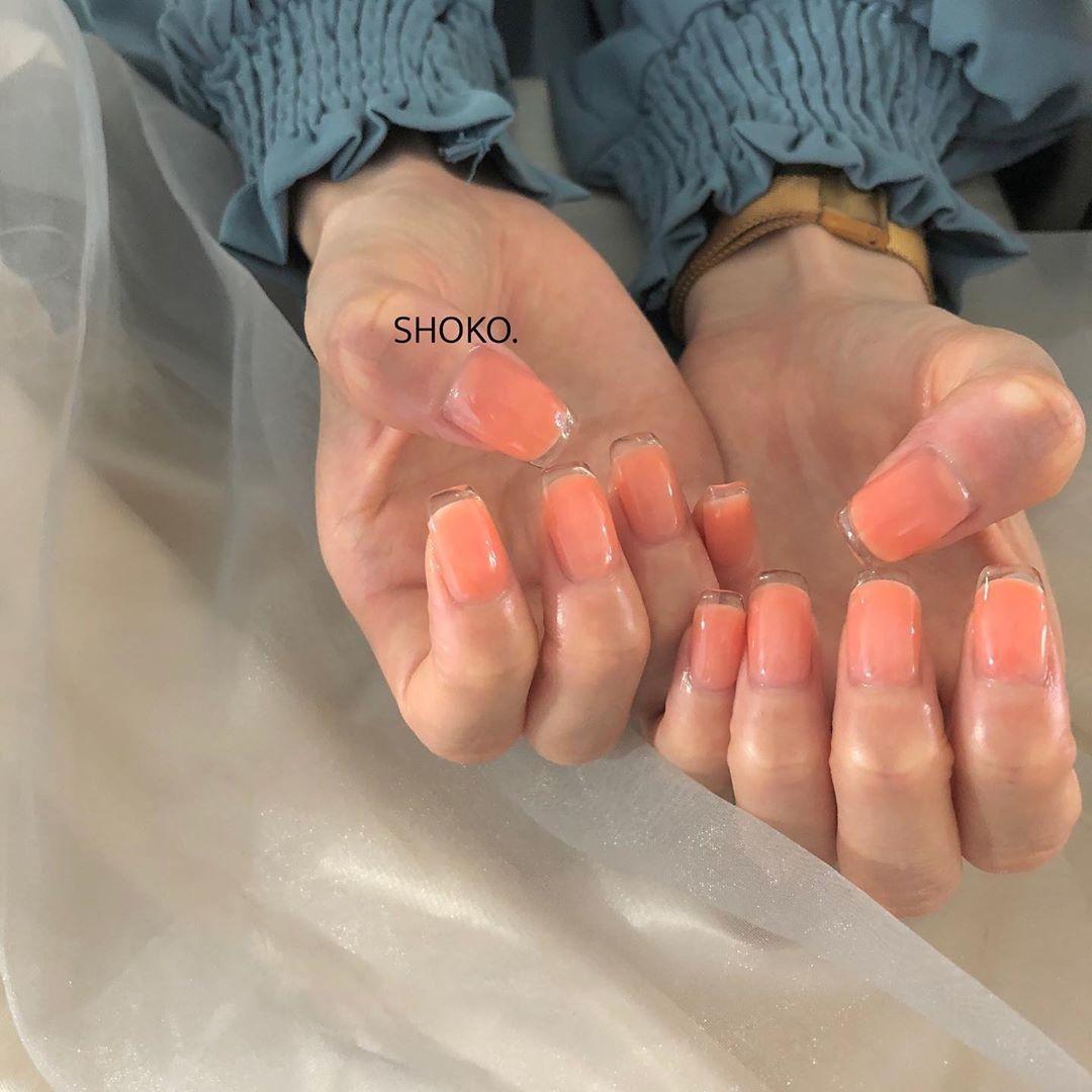 ネイル|爪で楽しむ透明感