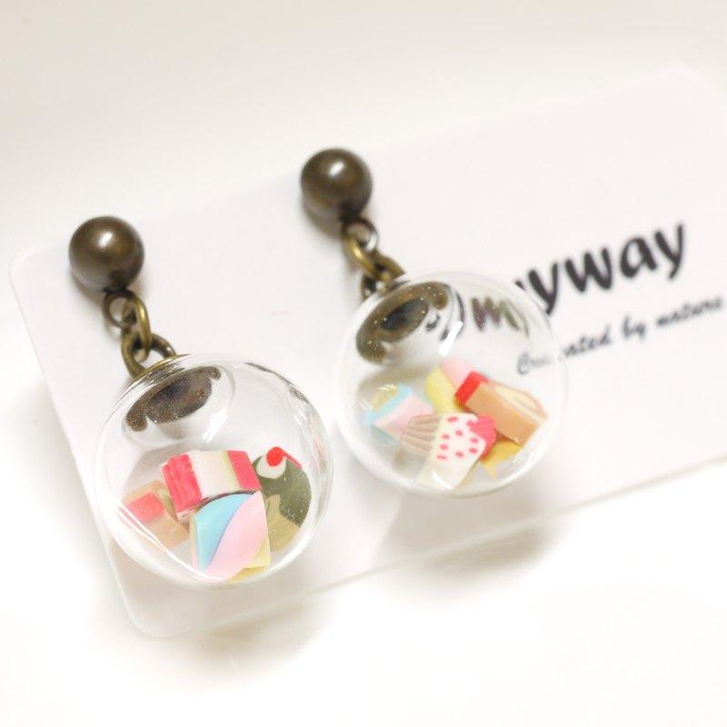 OMYWAY Handmade Dried Flower - Glass Globe - Earrings