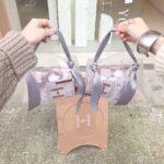 流行りのミニバッグに入らない荷物をIN♡日常使いしたいお洒落なショッパー8選