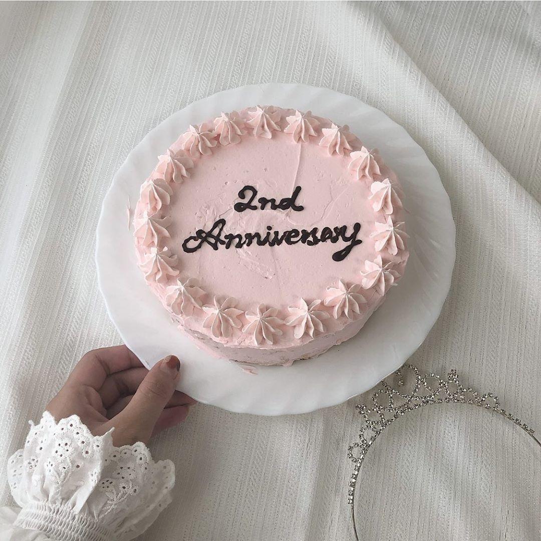 少しでも彼らに愛を伝えたい。推しの記念日にお洒落ケーキを作ってお祝いしない?