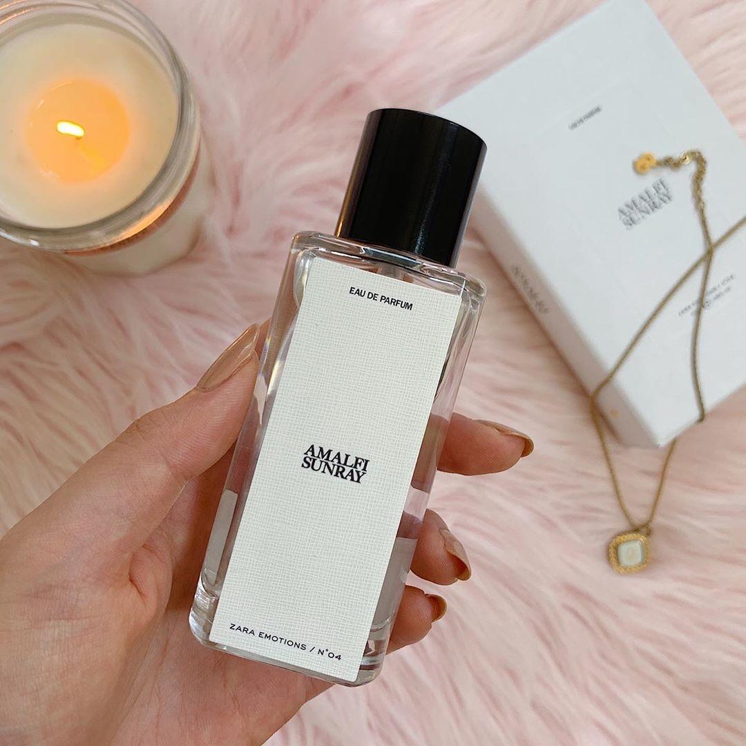 レベルUPの秘訣は、香水。定番の人気フレグランスを纏って、香りで勝負する女性に