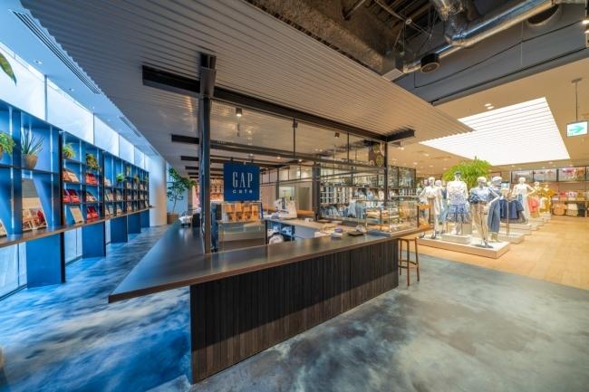 カフェ×アパレル Gap cafe
