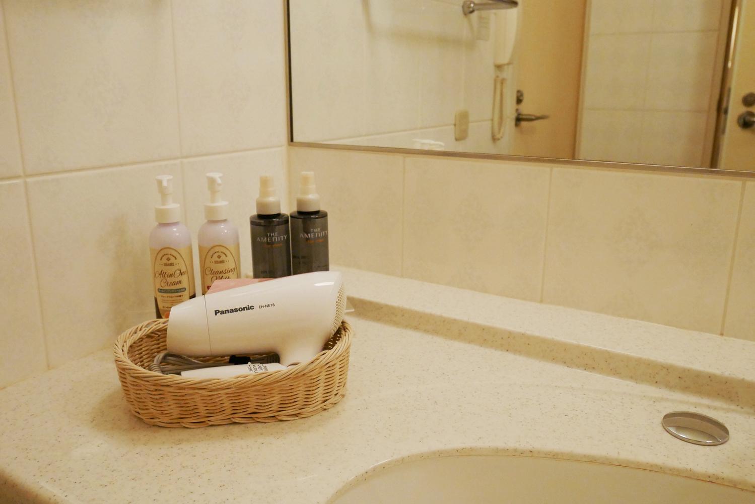 3|髪を乾かす前に保湿する