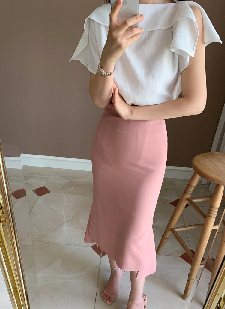 キム秘書のファッションがキレイ
