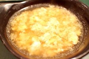【簡単ヘルシー】キャベツいっぱいの卵スープ