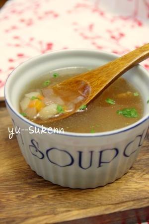 深い味わいコンソメスープ♪隠し味は・・・