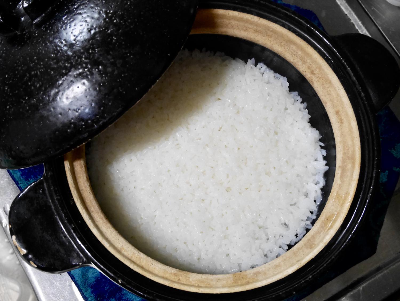 1 土鍋でご飯を炊く
