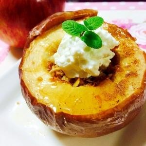 トースターで焼きりんごの水切りヨーグルト添え