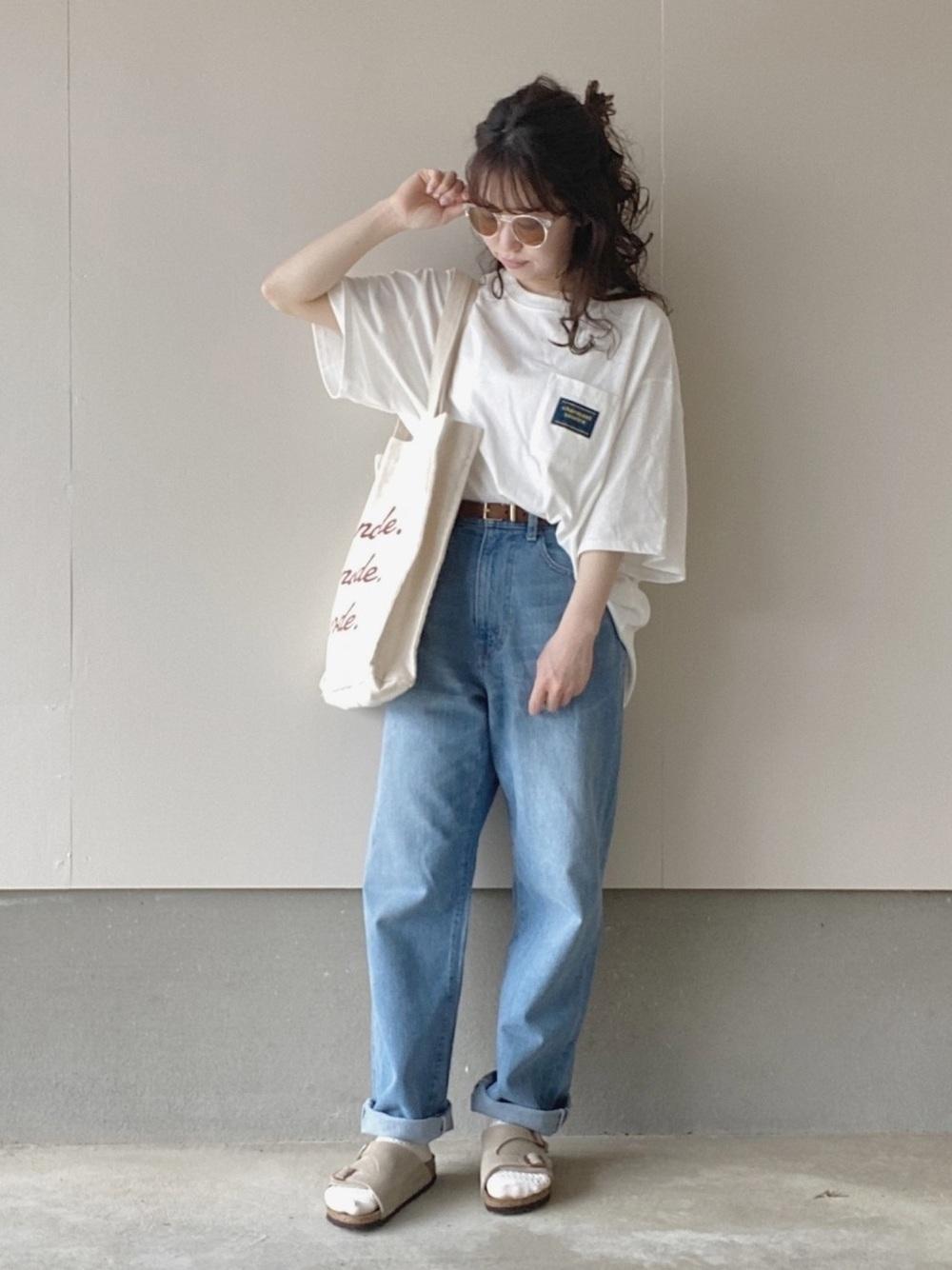 Tシャツ×デニムは相性◎