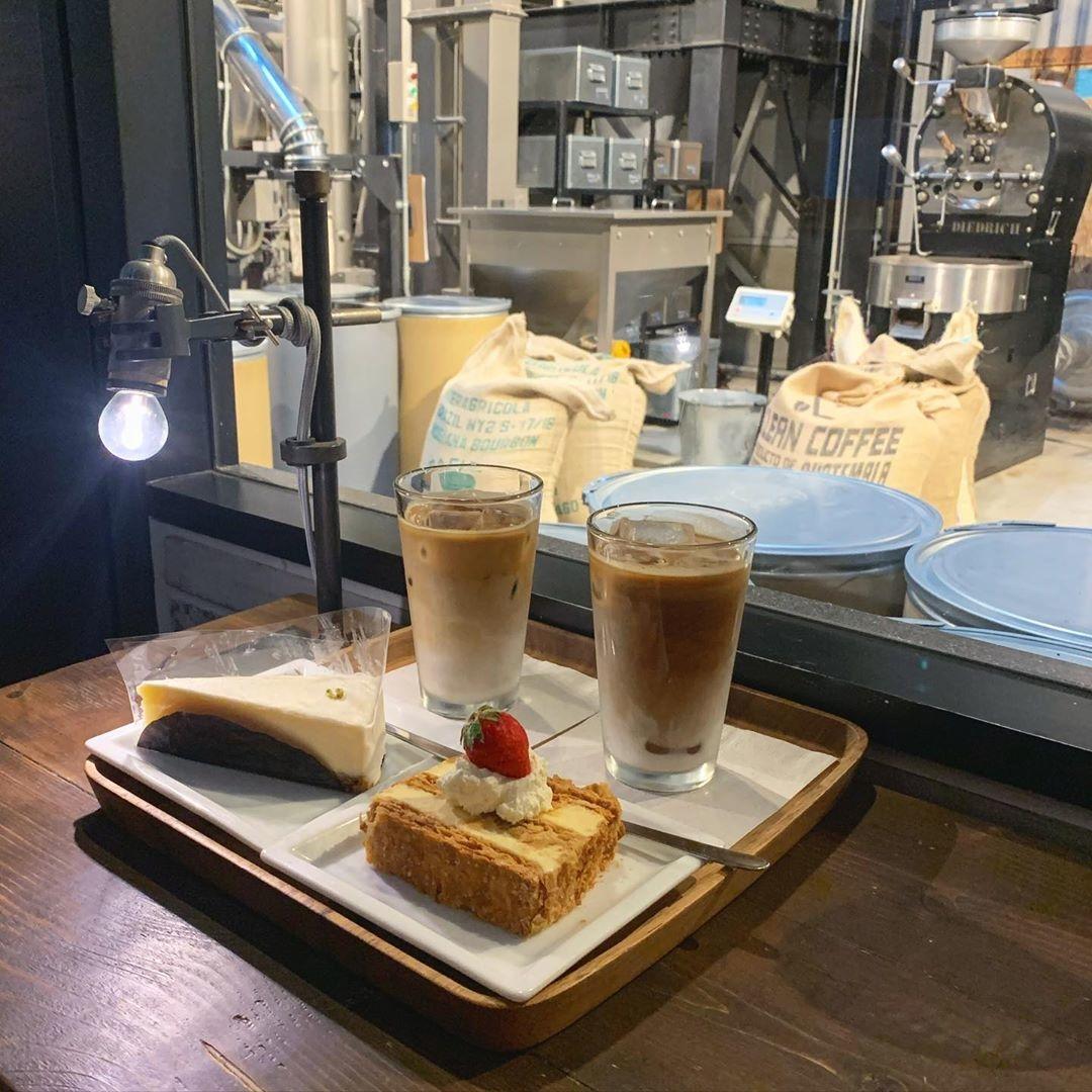  Factory & Labo 神乃珈琲