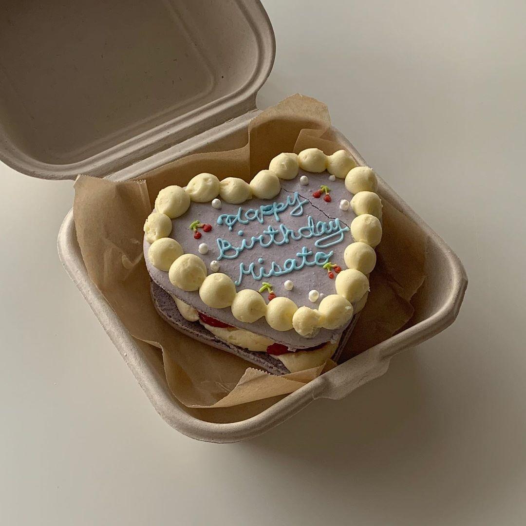 お祝いの新定番、マカロンケーキにきゅん