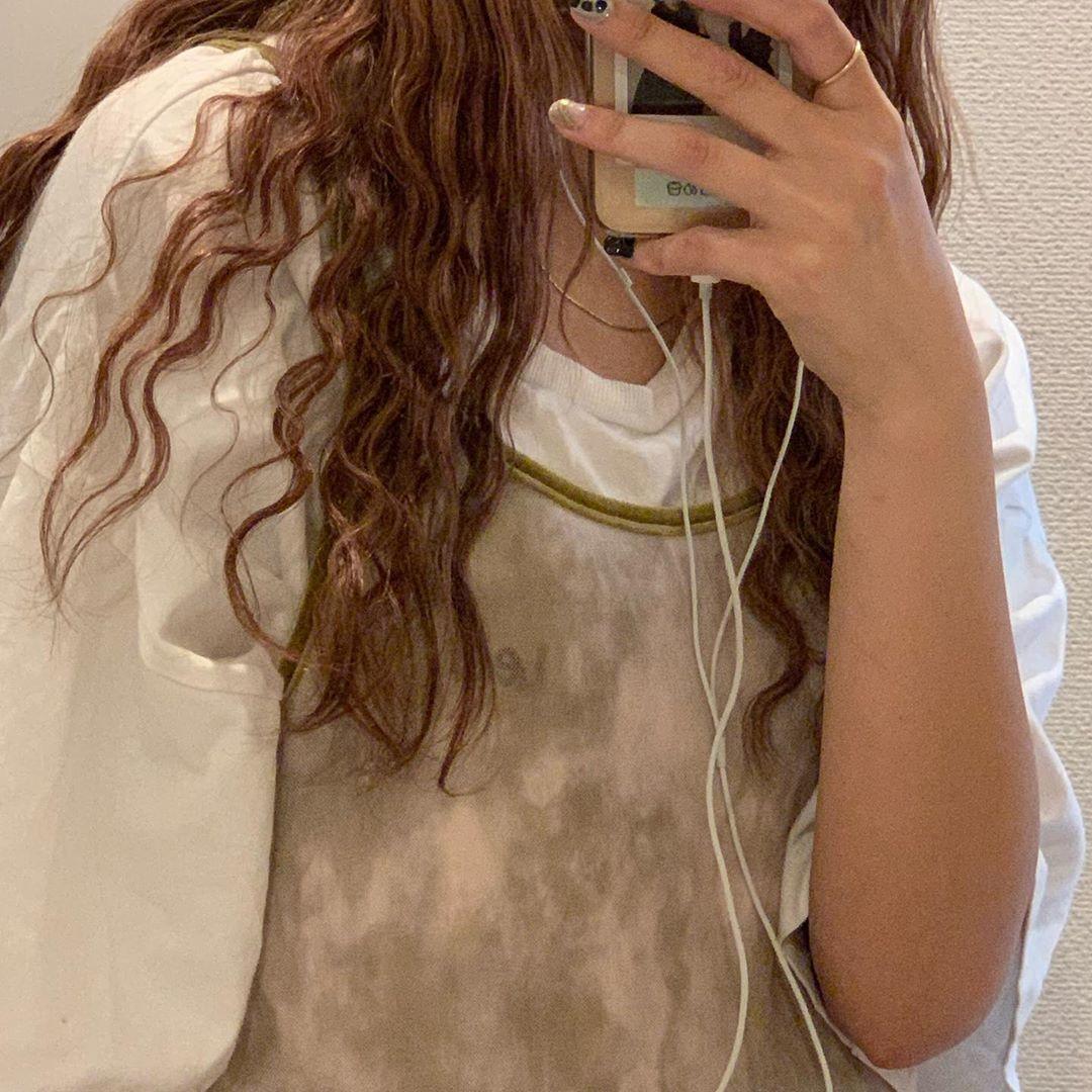 髪の毛で少しイメチェン